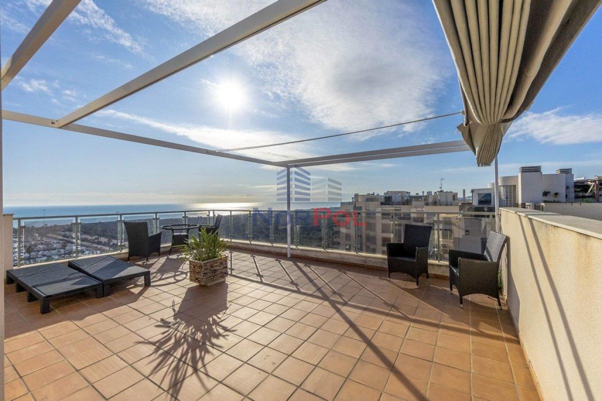 Na sprzedaż apartament z przepięknym widokiem.