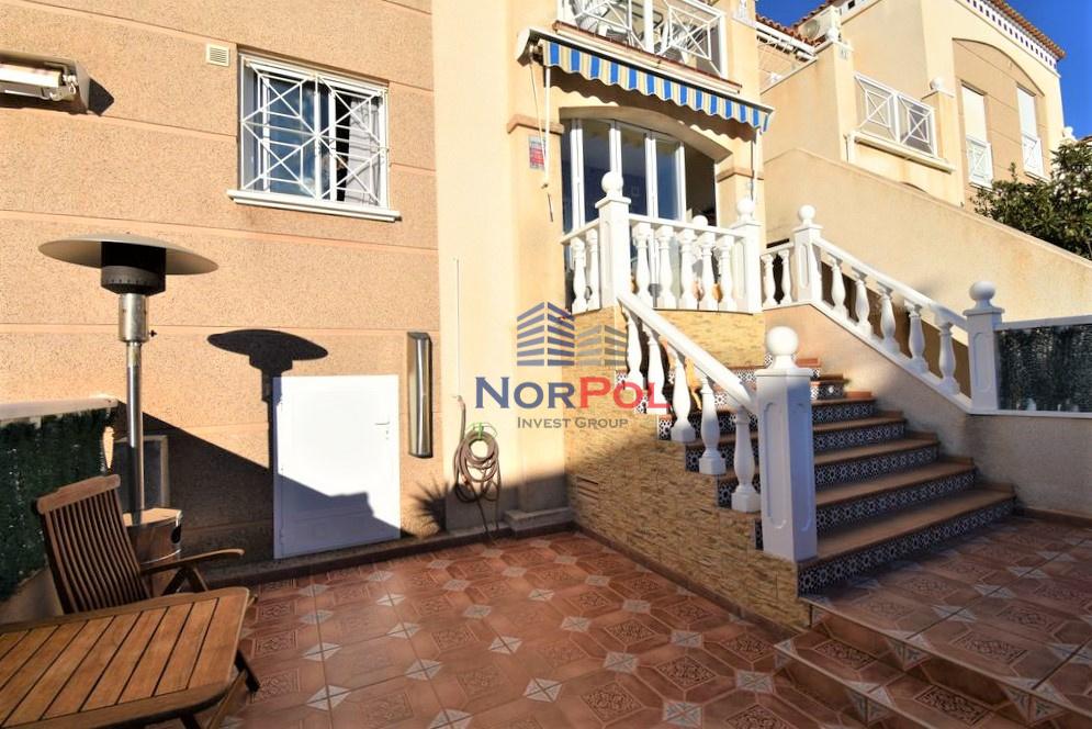 Na sprzedaż bungalow dolny w Aguas Nuevas.